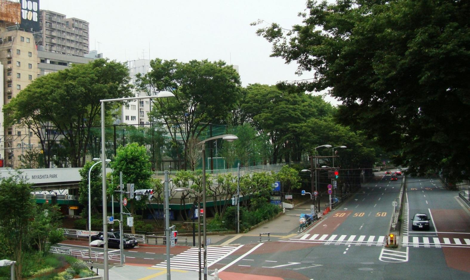 渋谷駅_宮下公園