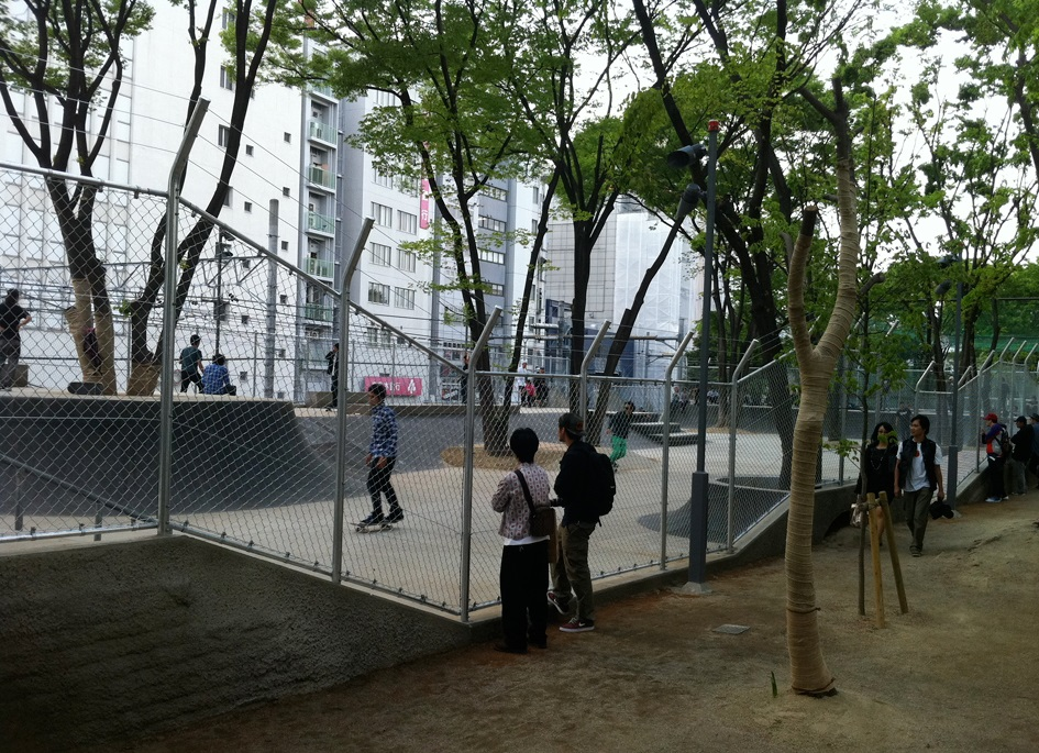 渋谷駅_宮下公園_スケートパーク