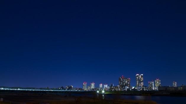 赤羽駅_埼玉川口を結ぶ橋の夜景