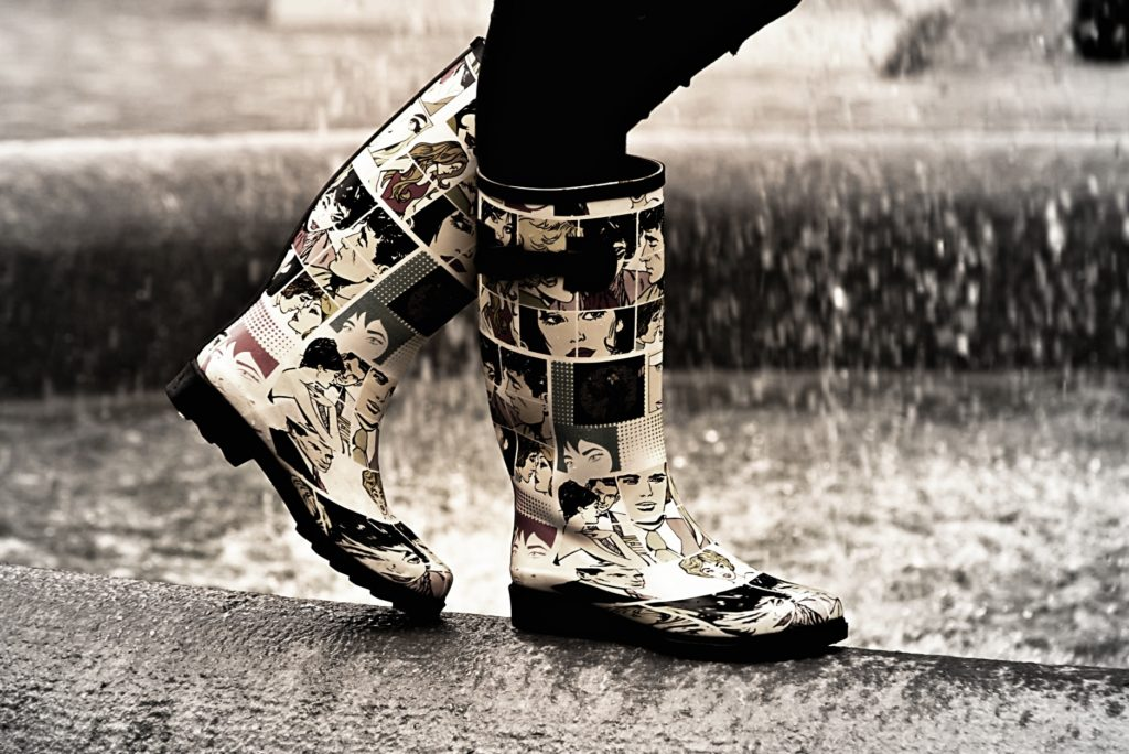 暇つぶしに室内や屋内施設でできる遊び_雨の日は長靴