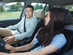 ドライブ中に子供と一緒にできる暇つぶし_家族四人